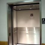 Uvěznění ve výtahu v Kuřimi